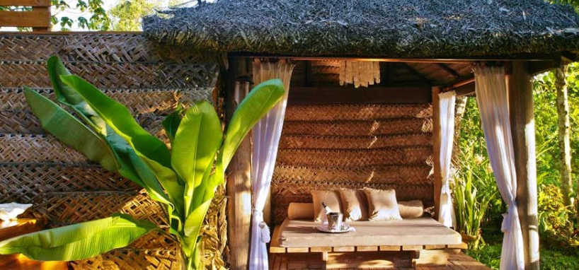 Fiji Honeymoon Outdoor Day Bed