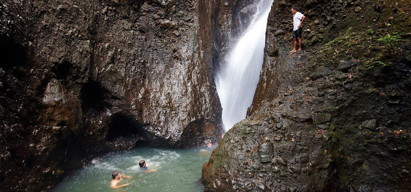 Lovely Waterfall Tours in fiji