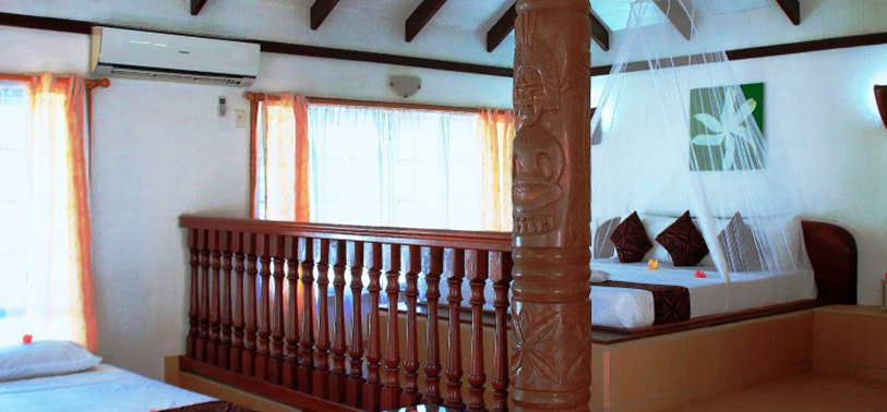 Amoa Room
